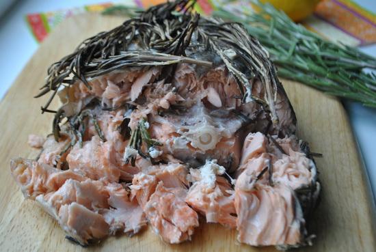 лосось с розмарином