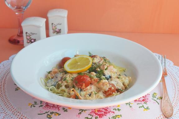 спагетти с лососем в сливочном соусе