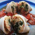 кальмары с кус кусом и шпинатом