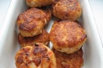 Куриные котлетки с запеченным перцем