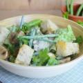 салат с шампиньонами и спаржевой фасолью