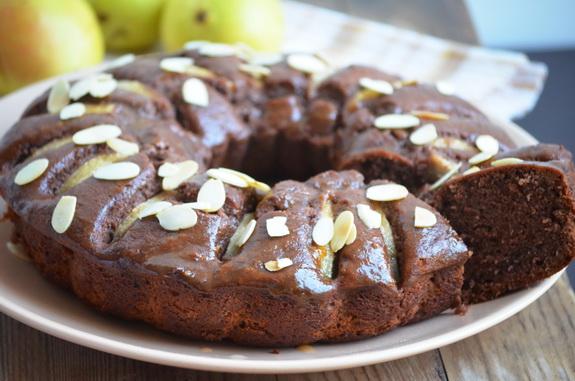 творожный кекс с грушей и какао