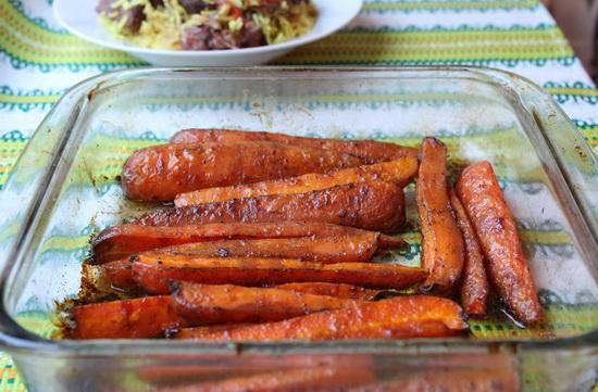Молодая морковь в глазури