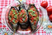 Имам баялды или баклажаны с овощной начинкой по-турецки