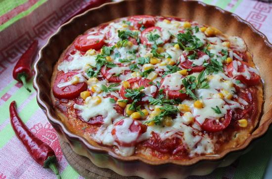 Пицца с чили и чоризо
