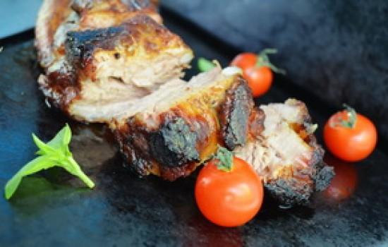 Свиные ребра в глазури из бальзамического уксуса и меда