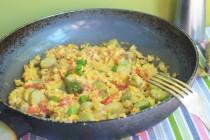 Омлет со спаржей по-португальски (Ovos mexidos com espargos)