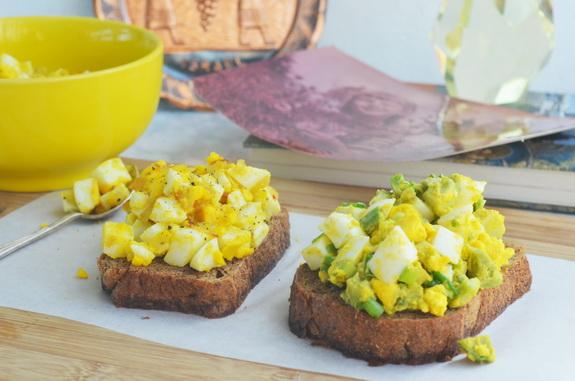 еврейский традиционный яичный салат