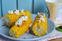 Кукуруза со сливочным сыром и хлопьями перца чили