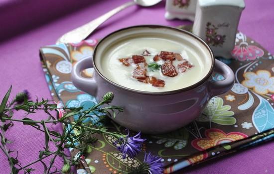 Суп из корневого сельдерея с грудинкой