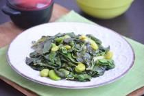 Мангольд с зелеными бобами