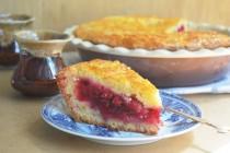 Нежный пирог с вишнями