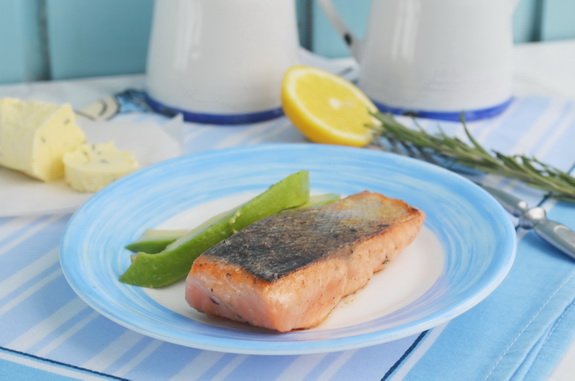 лосось с розмариновым маслом