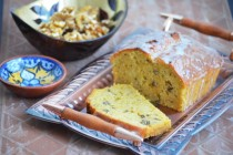 Пирог из тыквы с орехами и лимонной глазурью