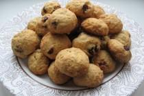 Творожное печенье с овсяными хлопьями и сушеной клюквой