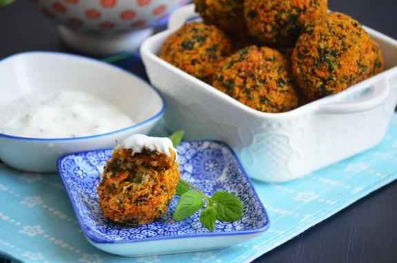 морковные шарики со шпинатом
