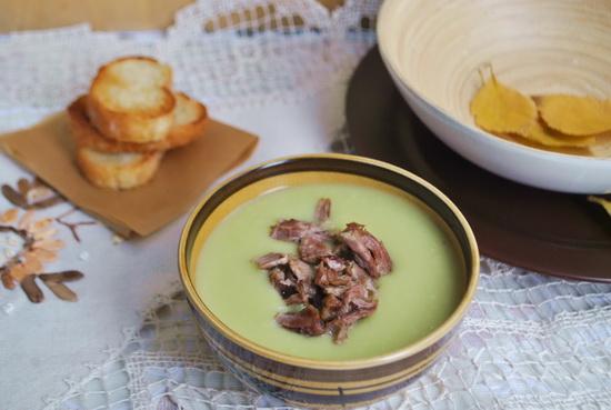Суп из брокколи и брюссельской капусты