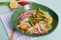 Азиатский куриный суп с собой