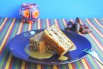Финиковый пирог с карамельным соусом