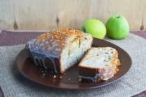 Кекс с яблоками на яблочном сидре