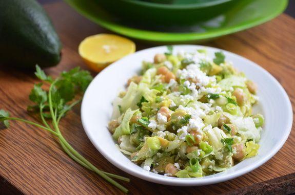 салат из нут и авокадо