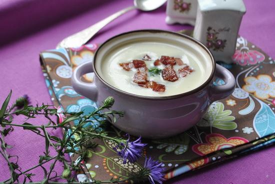 суп из сельдерея с грудинкой