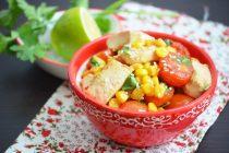 Стир-фрай из тофу с кукурузой и перцем